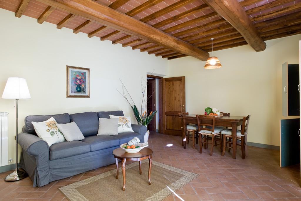Dispensa, Incrociata, Agriturismo Incrociata, Tuscan Agriturismo, Farmhouse suites, Holiday apartments Tuscany, Tuscany accommodation, Tuscan holiday home, Casa vacanza