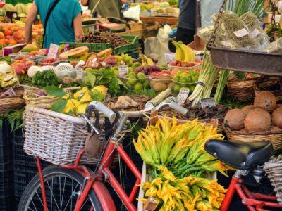 street market, italian experience, tuscan market, food market, clothes market, merkets, street market
